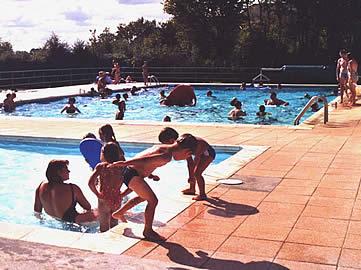 Les activit s du village vacances et nature village for Piscine village nature